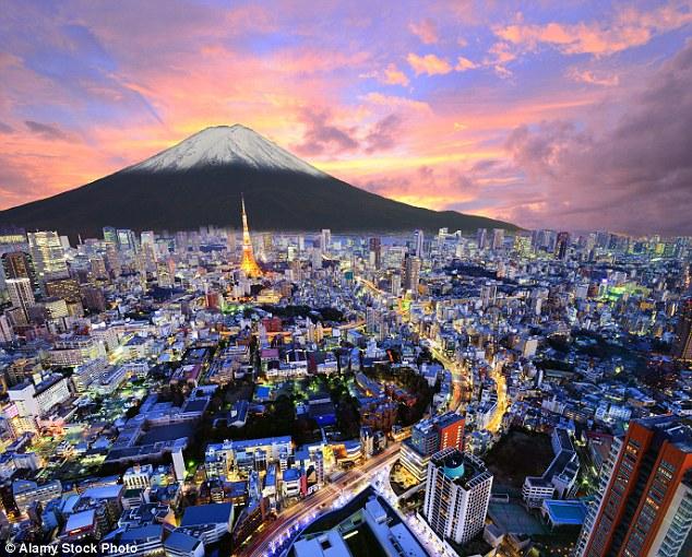 Перелет В Токио летают разные авиалинии, и маршруты с пересадками обычно дешевле прямых рейсов. В се