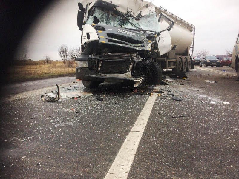 ВКиевской обл. в итоге ДТП умер человек, еще 5 ранены