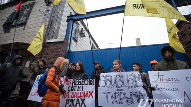 Янукович сорвался инахамил украинской журналистке