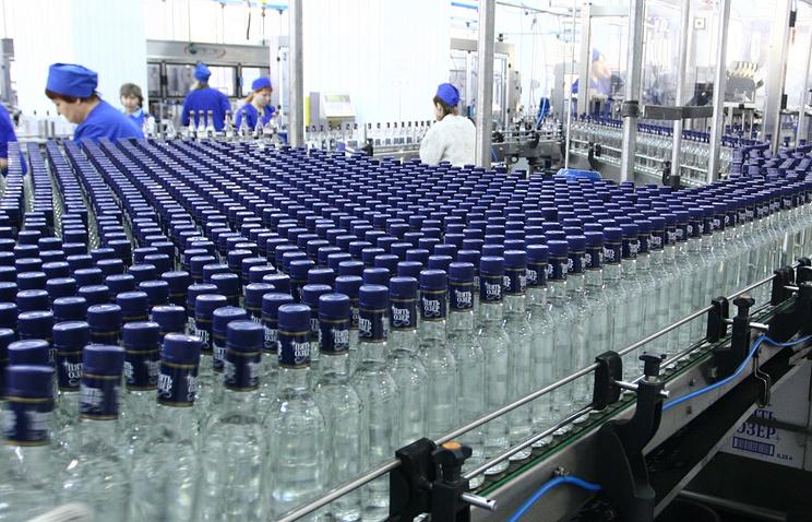 В Российской Федерации изменят акцизы на спирт, чтобы снизить спрос насуррогаты