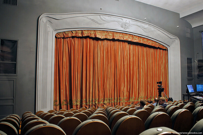 35. Спартаковская пл. Театр Модерн. 17.05.17.09..jpg