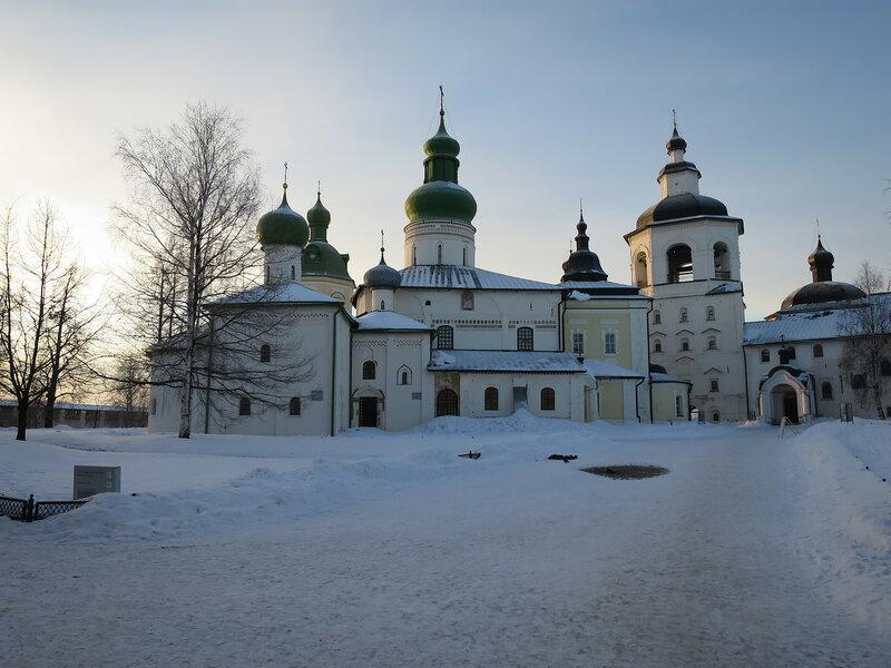 Кирилло-Белозерский монастырь. Комплекс зданий Успенского монастыря