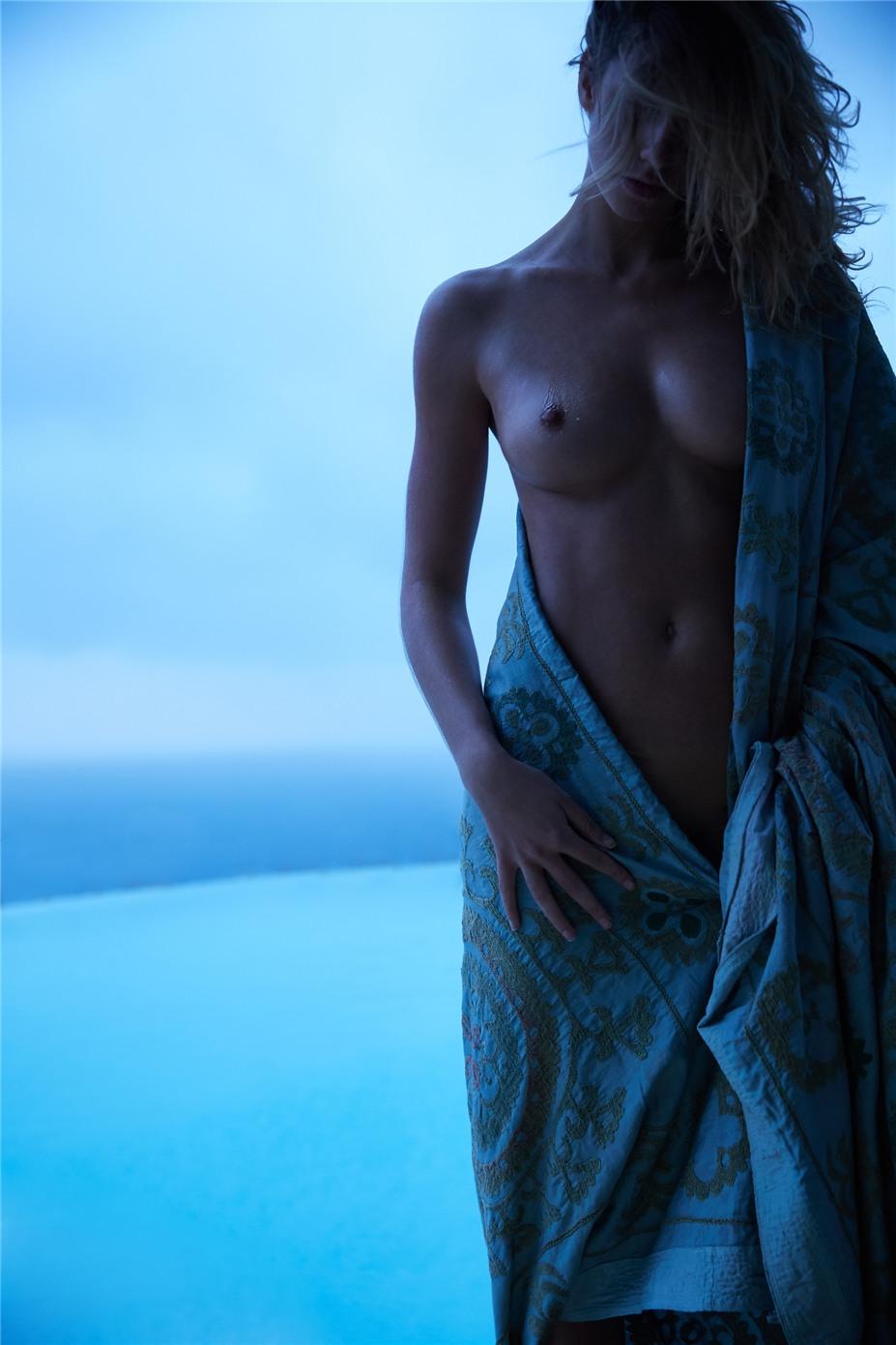 Обнаженные девушки на пляжах Ибицы / Ibiza Nudes by Diane Betties - Alice