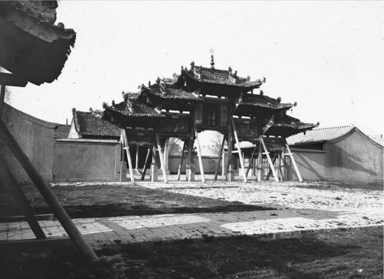 Ваншуганг. Храм