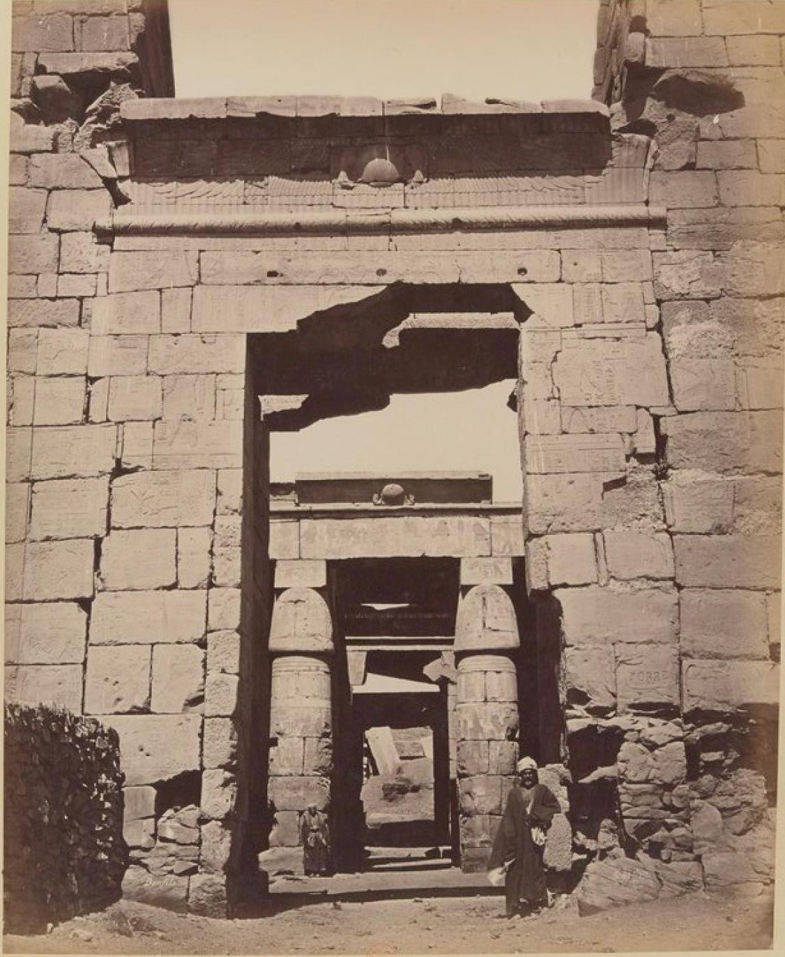 Карнак. Ворота храма Рамзеса III
