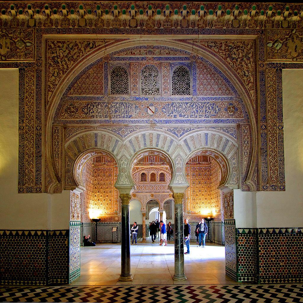 Reales_Alcázares_de_Sevilla_-_Salón_de_Embajadores.jpg