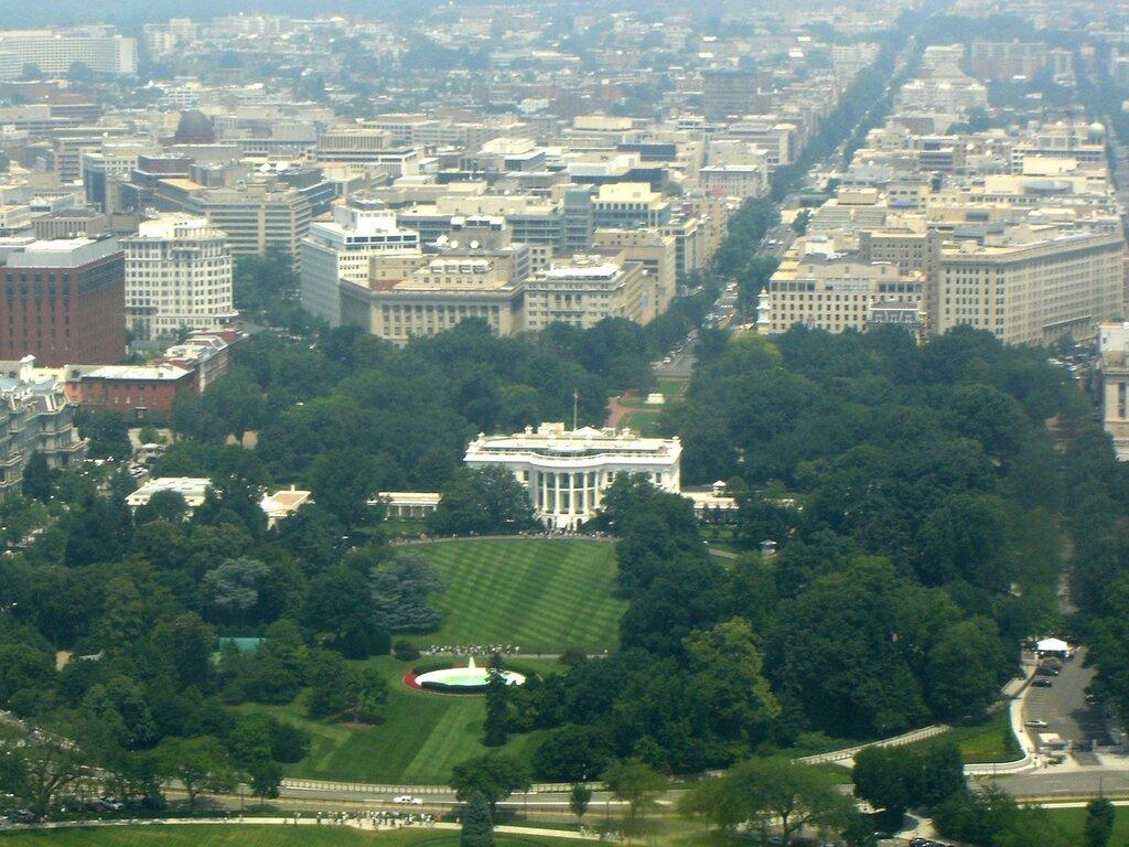 whitehouse1_2.jpg