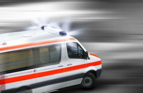 Мужчина погиб под колёсами автомобиля