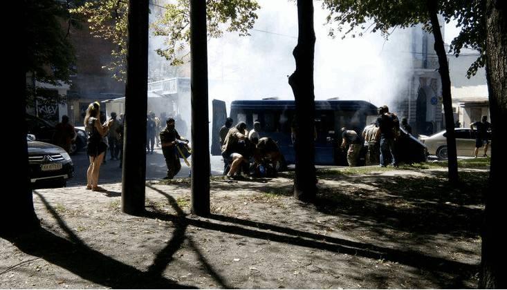 """Неизвестные в Харькове напали на автомобиль военной фельдъегерской службы и забрали кейс с документацией: в городе введен план """"Перехват"""", - полиция"""