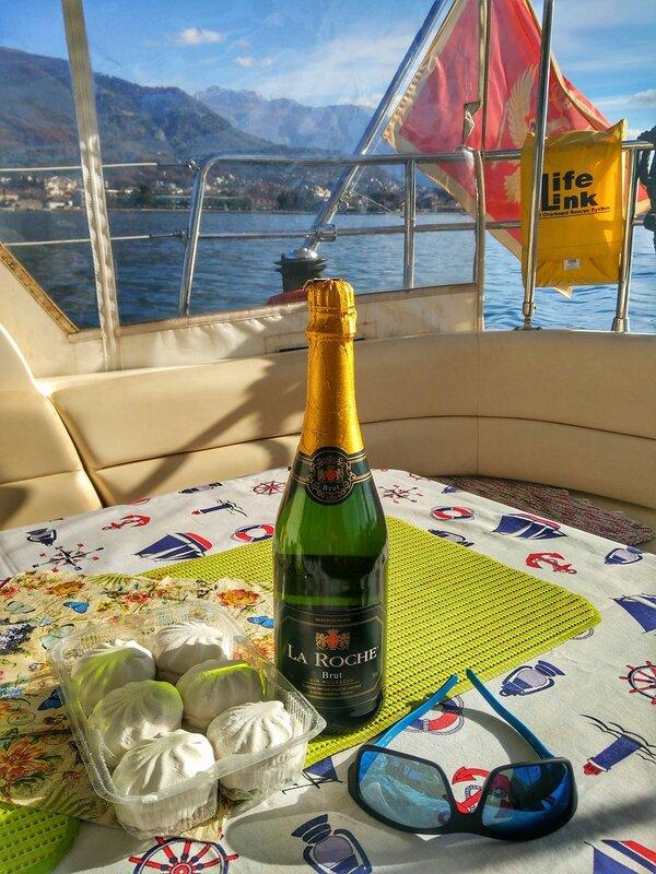 На яхте по Которскому заливу 1 января 2017г (Черногория)