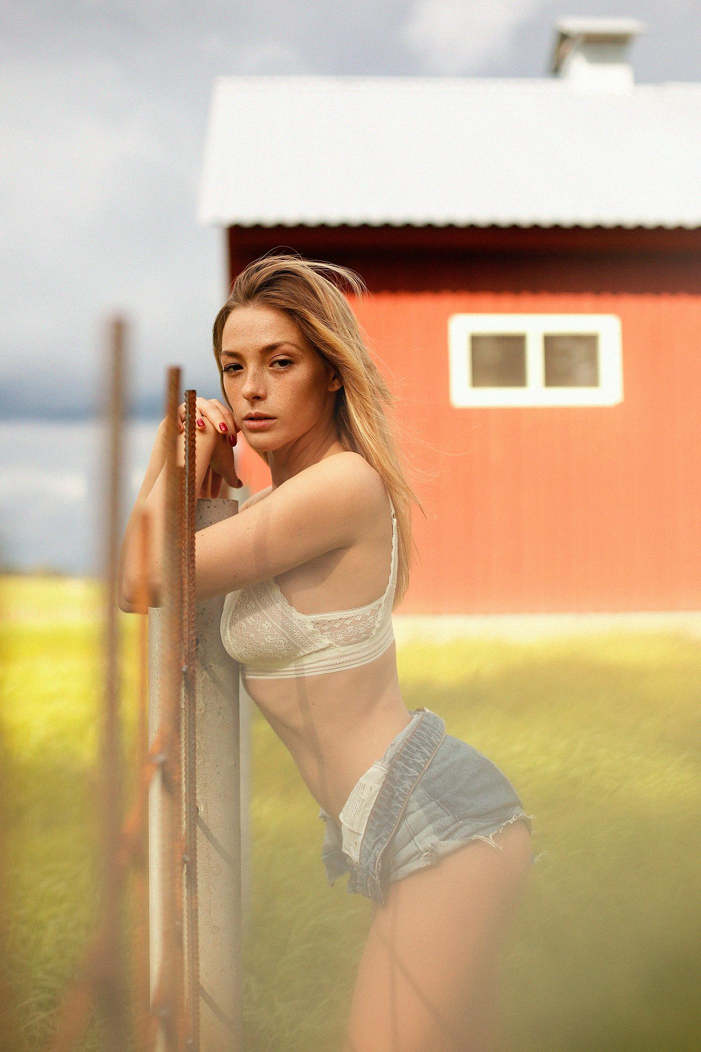 Playboy Abroad Russia / Ольга Кобзар - Ana Dias