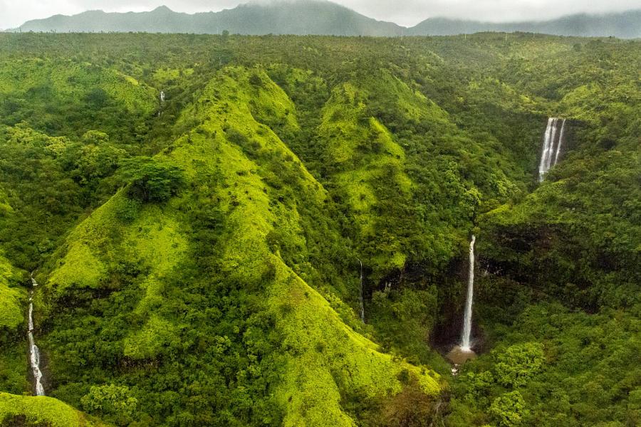 10. Полет над островом Кауаи. Автор фото: Абхишек Рой