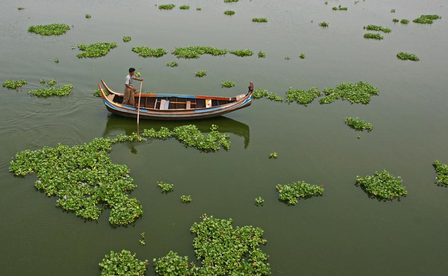 3. Озеро Таунтоме в Амарапуре.