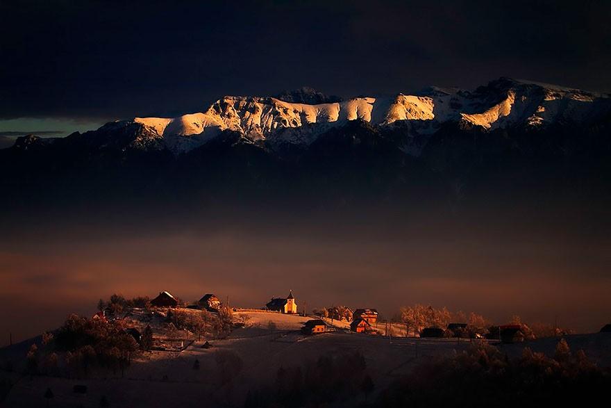4. Горы Бучеджь. (Фото: Думитру Дору)