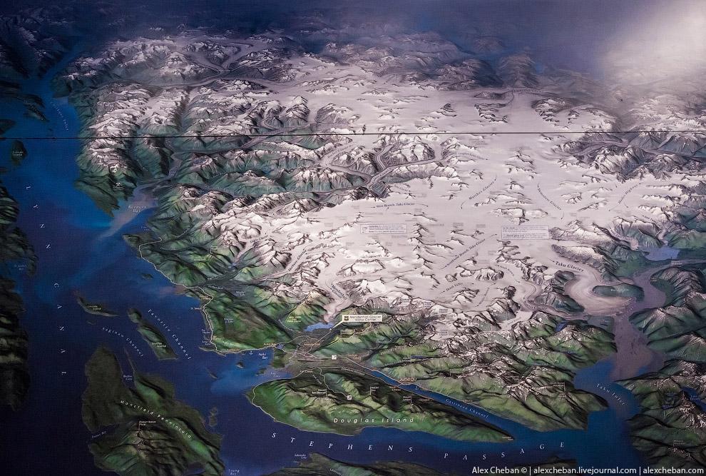 4. Ледник Менденхол (Mendenhall) находится в 20 км от Джуно и имеет протяженность 19 км, однако это