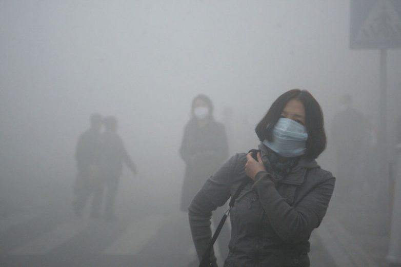 16. Смог в Пекине Содержание вредных частиц в воздухе города в 40 раз превышает международные станда