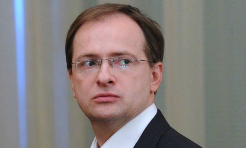 Министру культуры непонравилась экранизация его романа «Стена» обосаде Смоленска