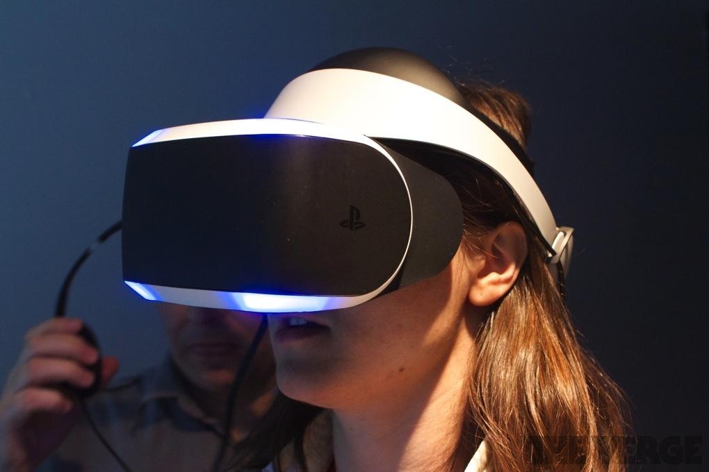 Компания социальная сеть Facebook берет курс наразвитие технологий виртуальной реальности