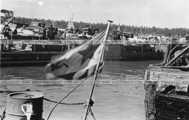 Вид на Каботажную гавань. 25 августа 1942 г.