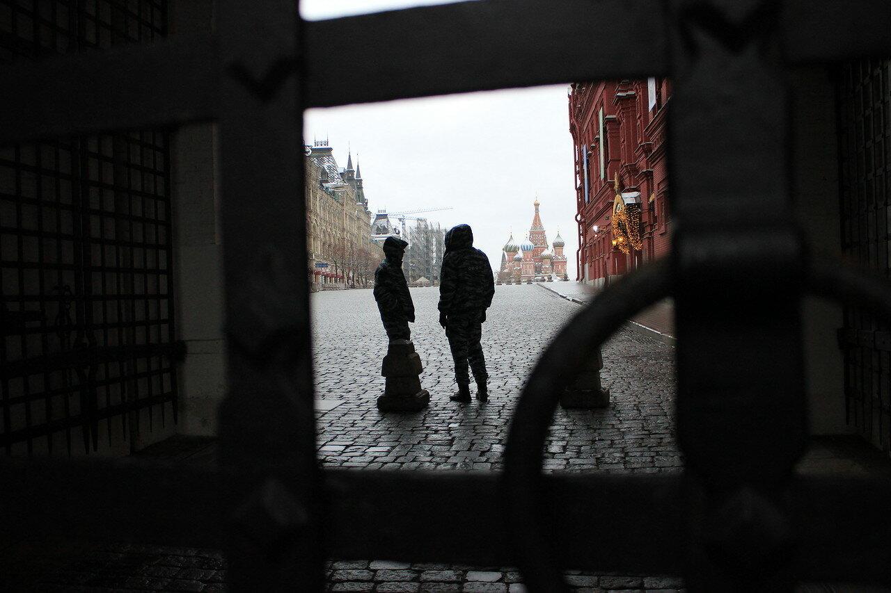 Красную площадь уже также традиционно закрыли