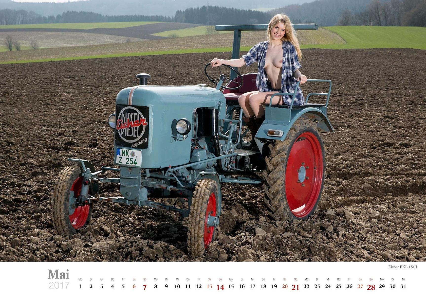 Девушки и трактора в эротическом календаре 2017 / Eicher EKL 15/II - Jungbauerntraume calendar 2017