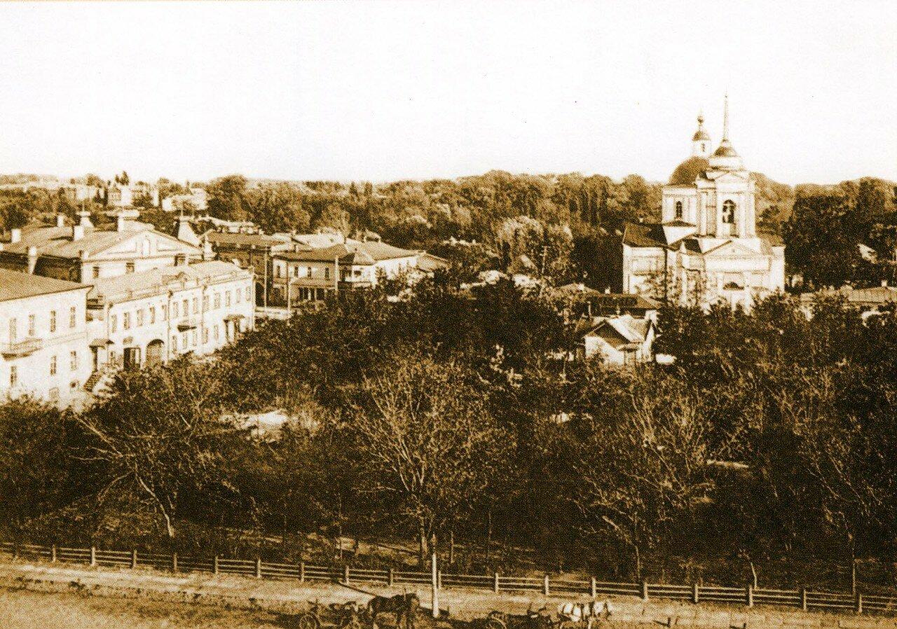 Вид на Николаевскую церковь