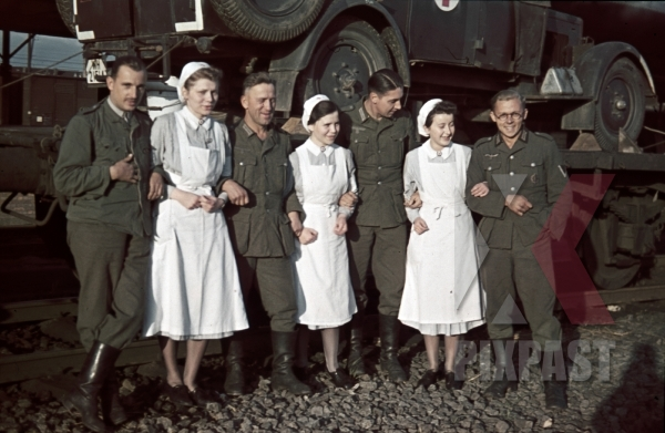 stock-photo-army-medical-red-cross-ambulance-trucks-loaded-train-wagons-to-russian-front-1941-operation-barbarossa-nurse-doctor-9818.jpg