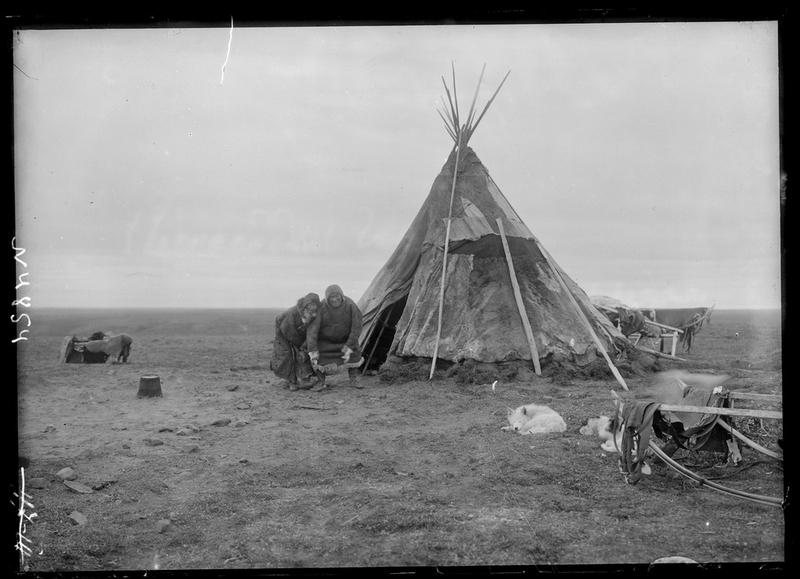 Siberia-Century-100-year-old-photos-yurt.jpg