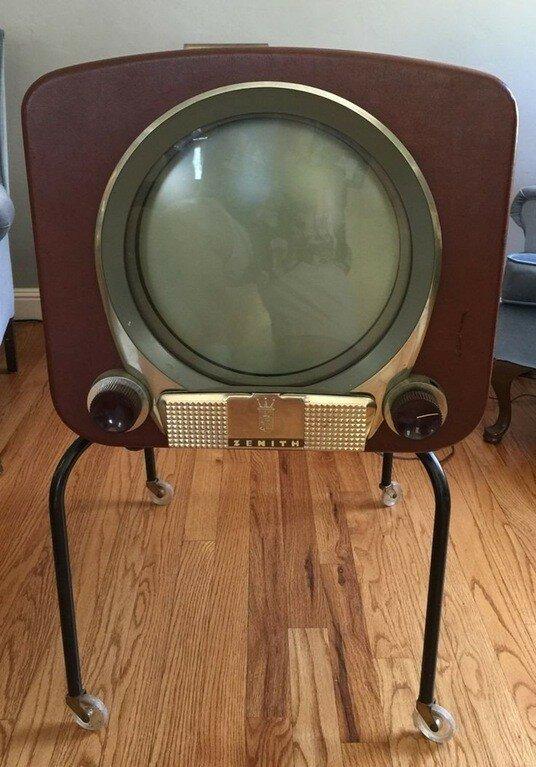Телевизор Зенит 1950 год