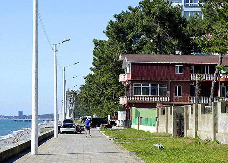Снимать жилье в Кобулети лучше заранее