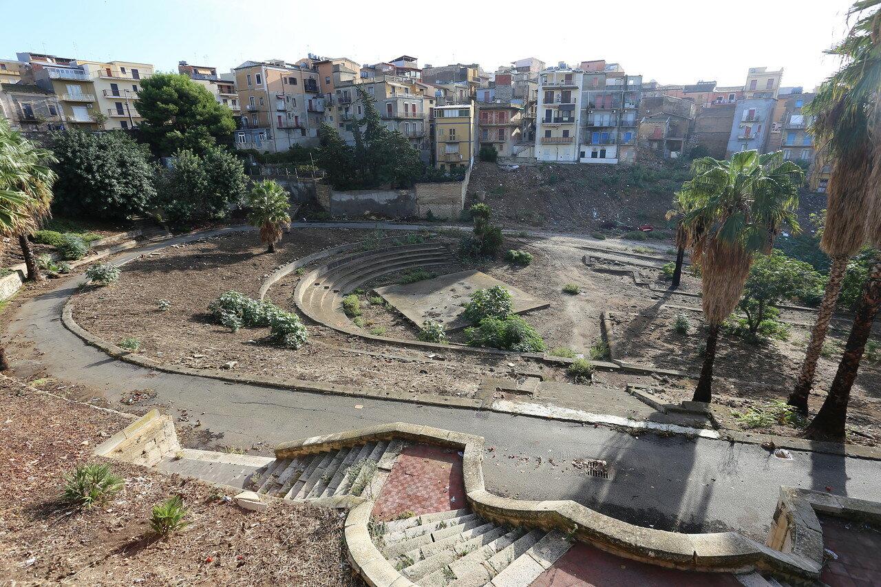 Джела. Общественный сад Джузеппе Гарибальди (Villa Comunale Giuseppe Garibaldi)