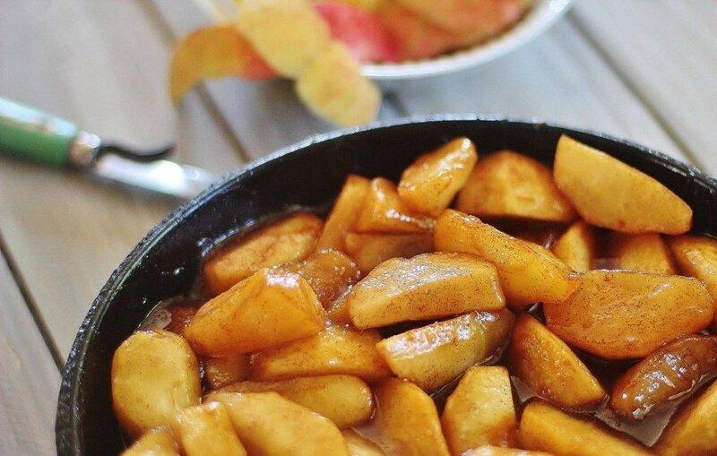 Яблоки в вине по болгарски