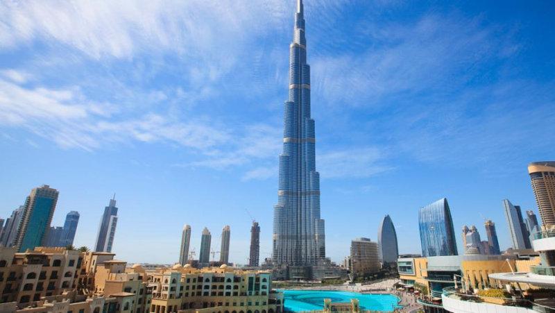 Смотровая площадка, расположенная в самом высоком здании мира на 148 этаже, не оставит равнодушн