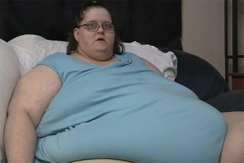 272-килограммовая женщина родила ребенка. Попробуй угадать, сколько он весит! (5 фото)