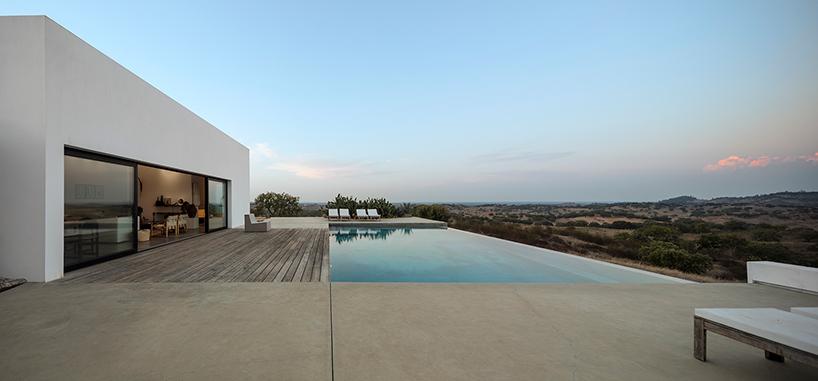 Дом в португальской долине Грандола (11 фото)