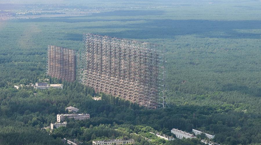 Станция «Чернобыль-2» В 1985 году была построена монументальная загоризонтная радиолокационная станц