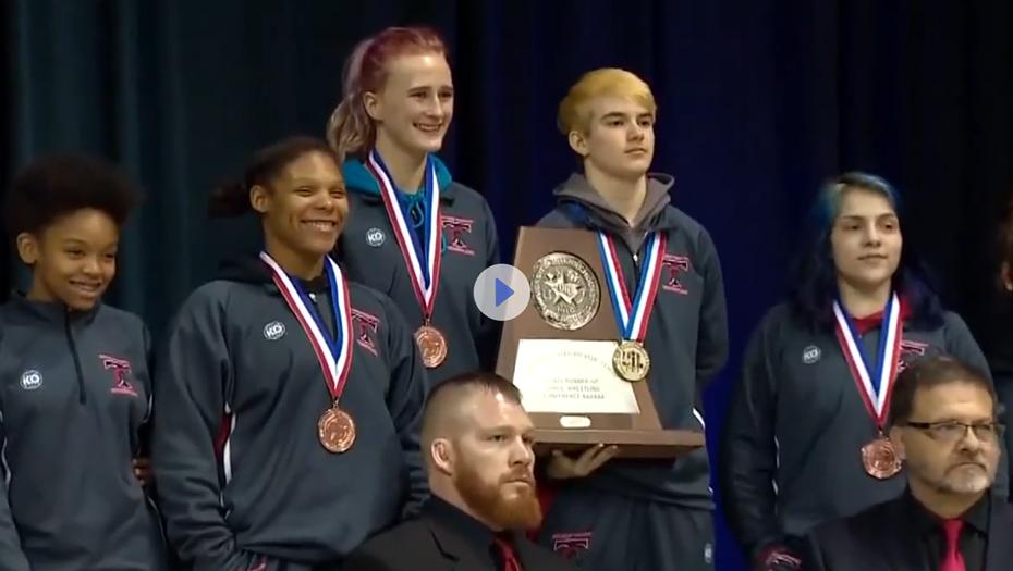 ВСША спортсмен-трансгендер стал победителем женского турнира— видео уже вглобальной web-сети