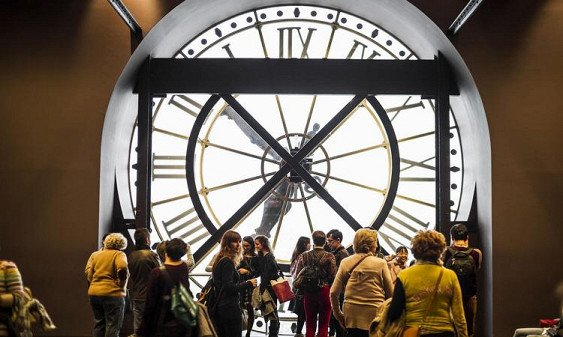 Ученые: люди научатся путешествовать вовремени через 30 лет