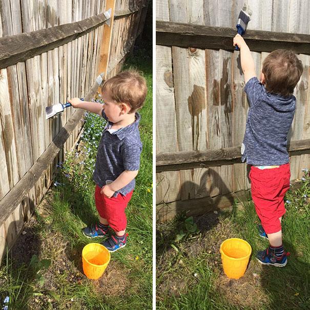 Занять ребенка можно, еще и разрешив ему рисовать на заборе… водой.
