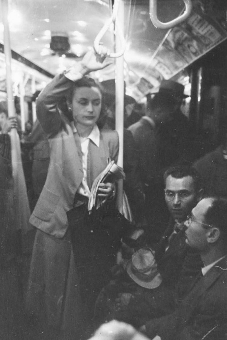 17-Year-Old Stanley Kubrick Shots New York Subway