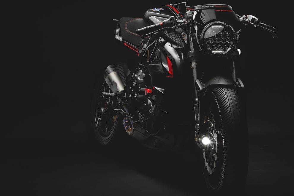 Мотоцикл MV Agusta Dragster Blackout