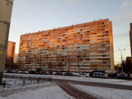 пр. Кузнецова 32
