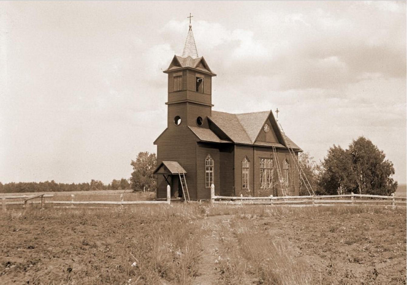 Заозерье. Церковь прихода Сойкино