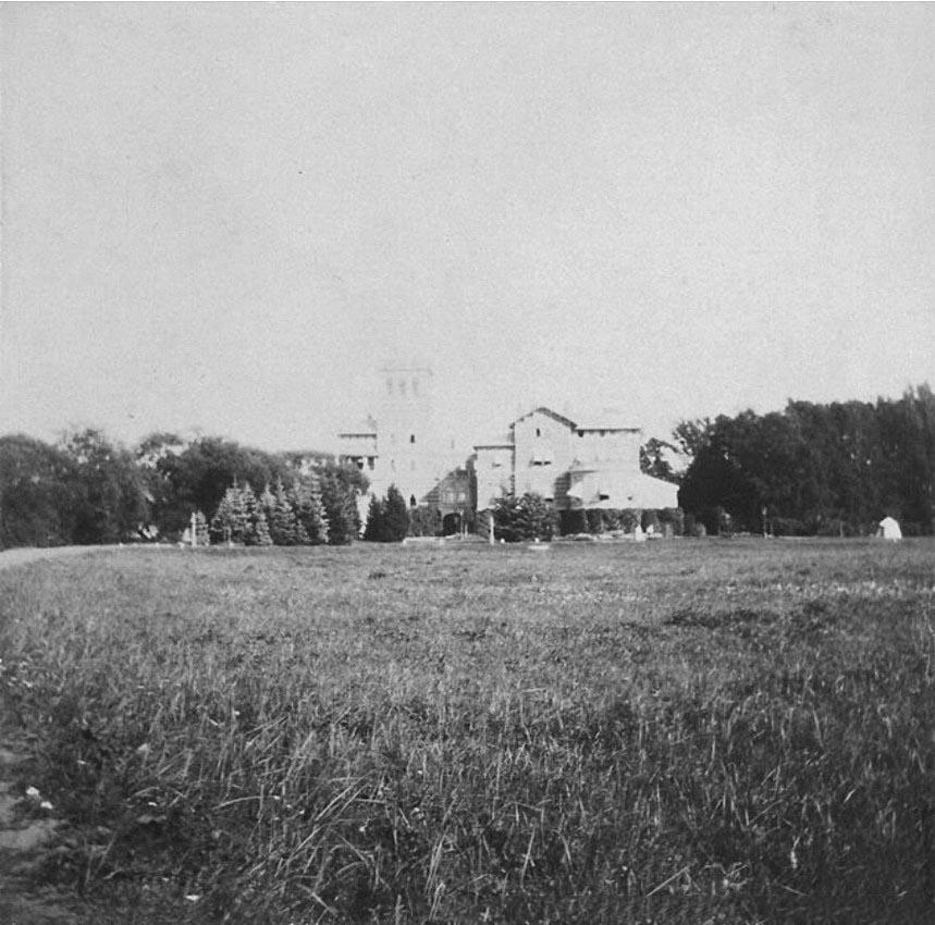1908. Вид на Нижнюю дачу со стороны парка