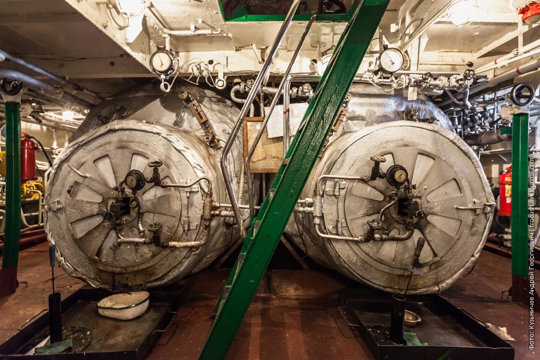 колесный пароход Гоголь фотографии топки паровых котлов