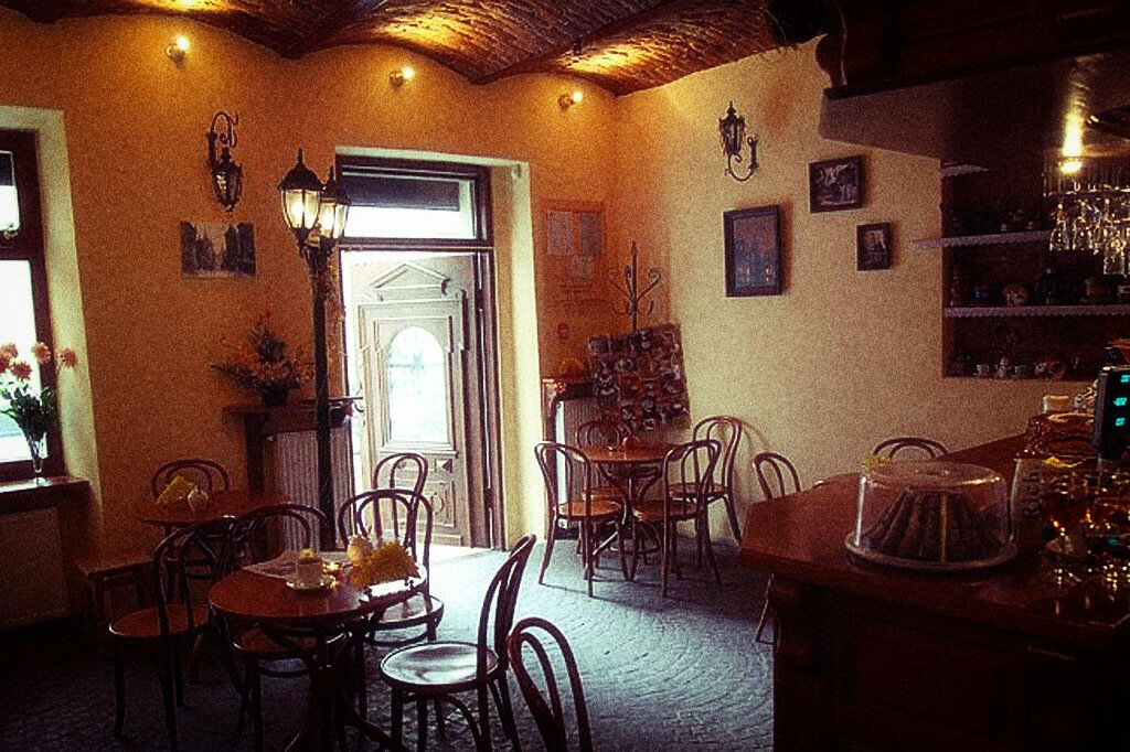 interior11.jpg