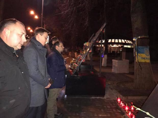 """Послание к власти: """"Пока Медведчук на свободе и """"Сбербанк"""" не под санкциями - народ будет действовать по-своему"""" - нардеп"""