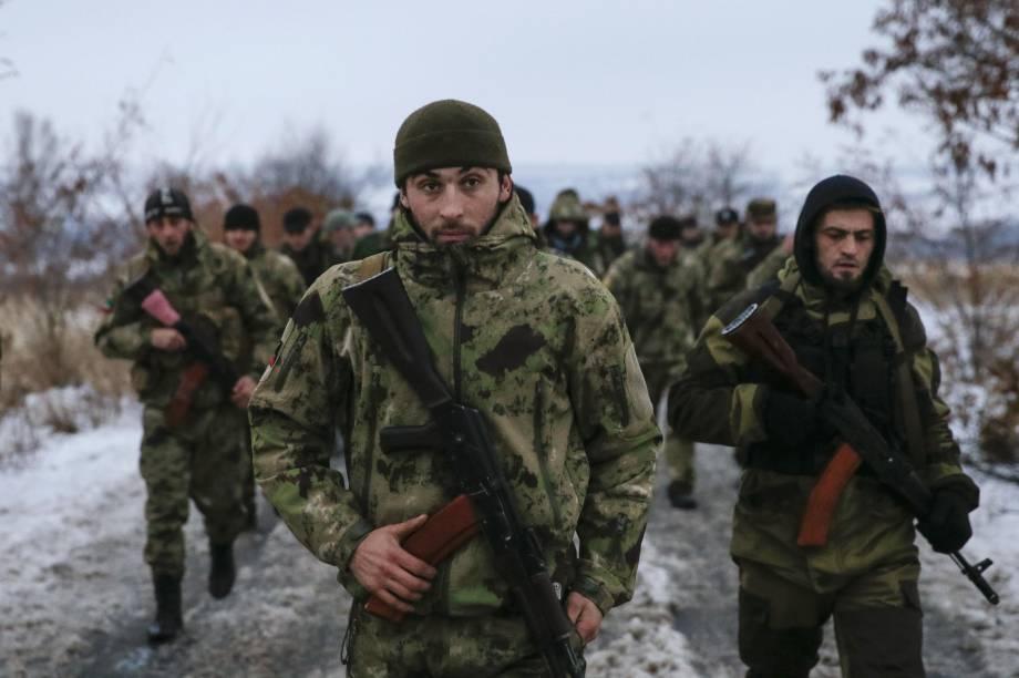 """Боевики """"ДНР"""" готовят донецких старшеклассников в снайперы, - ИС"""