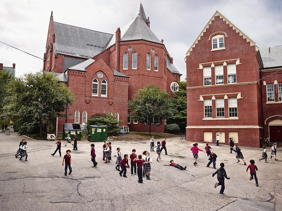 9.Начальная школа Св. Марии Успенской, Бруклин, Массачусетс