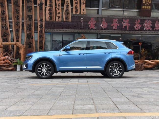 Главным же козырем китайского автоклона, как и всегда, станет цена. Правда, сравнивать Damai X7 с не